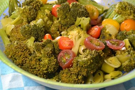 Salade brocolis poireaux cookeo